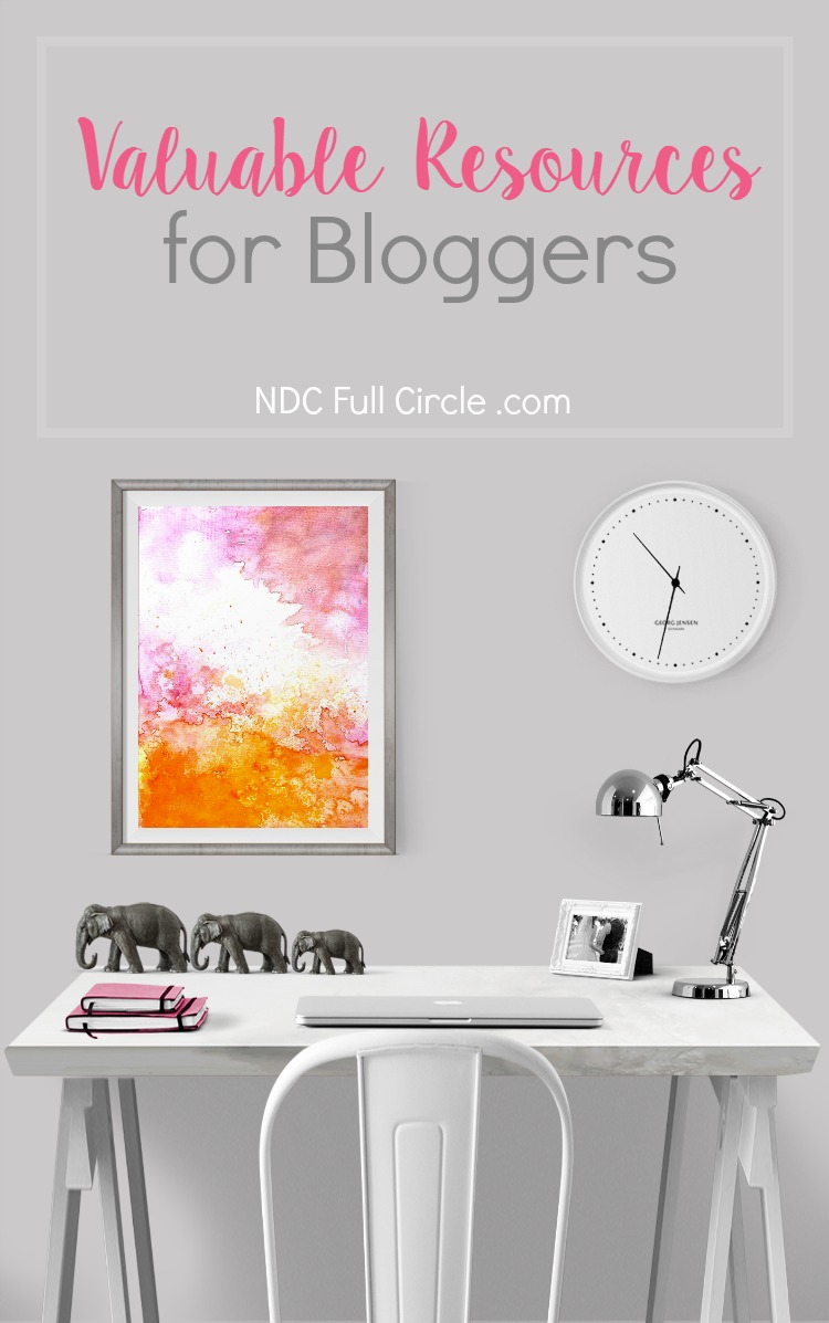 If you're a blogger, you will want to check out these valuable resources to grow your blog, newsletter, and income!